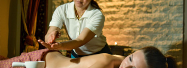 Exclusive hot oil massage